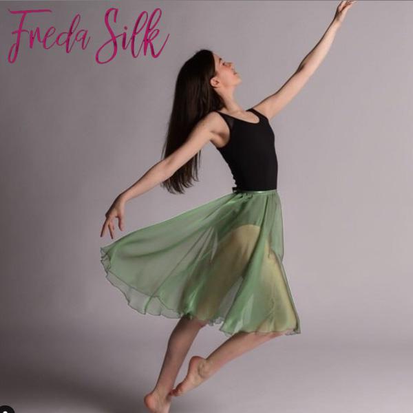 【 FredaSilk / フレダシルク 】リハーサルスカート ウエストゴム イギリス製 (セージ) Fern