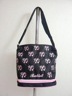 バレエ用品 ☆ トウシューズの刺繍がいっぱい♪♪ 斜めがけバレエレッスンバッグ♪