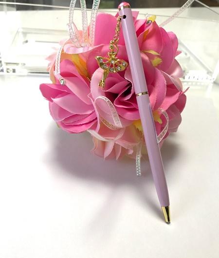 バレエデザインのモチーフが揺れる 可愛いボールペン(ピンク軸)